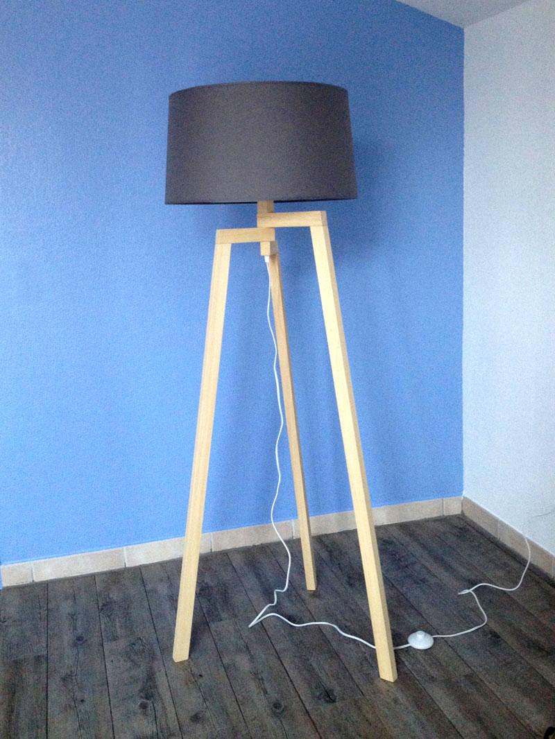 Diy Lampe Trepied En Bois Style Scandinave Inspiree De Maison Du